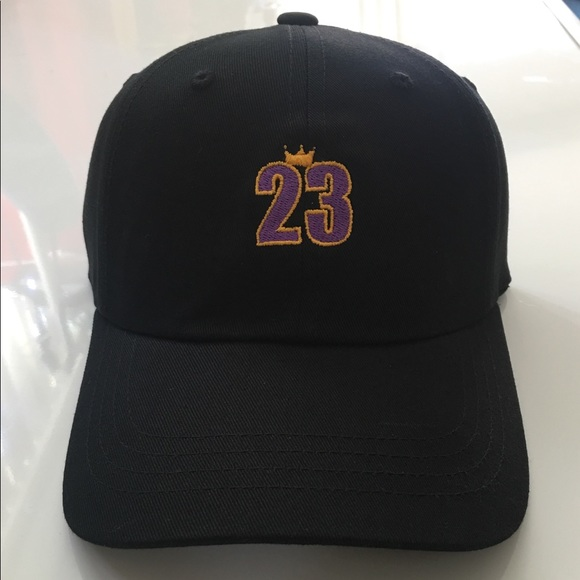 competitive price a9d1b 904b5 Lebron James 23 King Lakers LA Dad Hat Cap NWT
